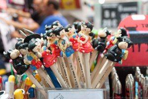 souvenir shops-3